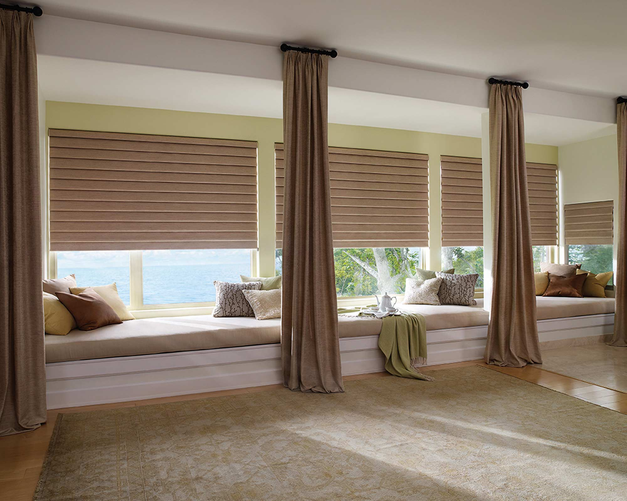 CUSTOM DRAPES <br />&#038; ROMAN SHADES